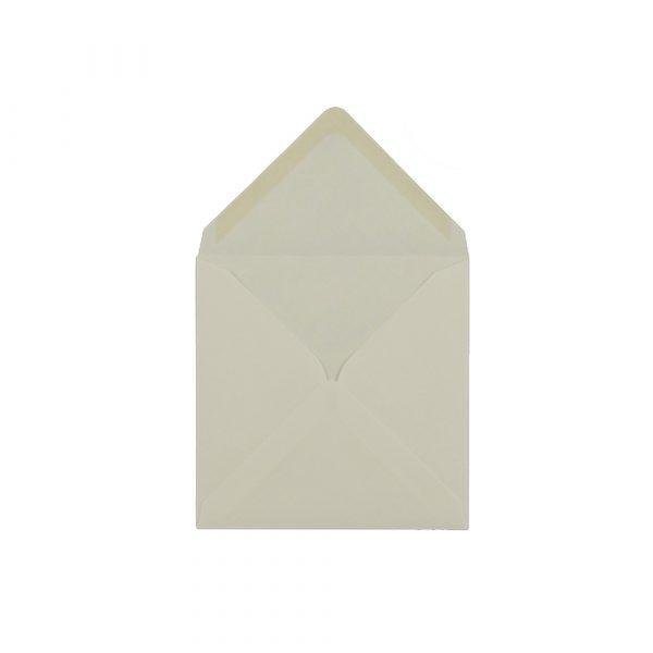 Kvadrāta aploksne, krēmkrāsas, 13 cm x 13 cm