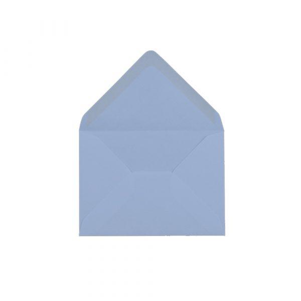 C6 izmēra aploksne, pasteļzilas, ar trijstūra veida aizdari