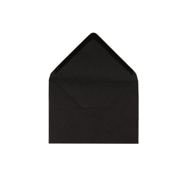 C6 izmēra aploksne, melna, ar trijstūra veida aizdari