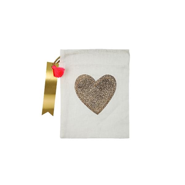 Auduma dāvanu maisiņš Heart