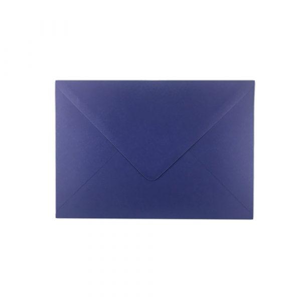 C5 izmēra aploksne, violeti zila, ar trijstūra veida aizdari